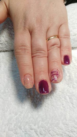 Manicure - Smalto Gel - Smalto Semipermanente a Cesano Maderno (MB)